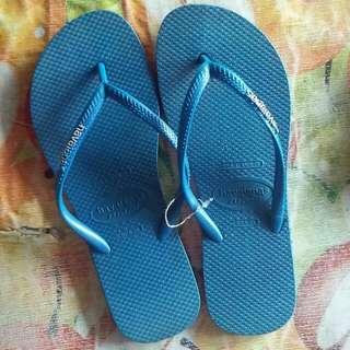 HAVAIANAS (Blue slipper)