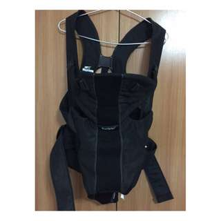 WTS -Pre-loved BabyBjorn Baby Carrier Miracle