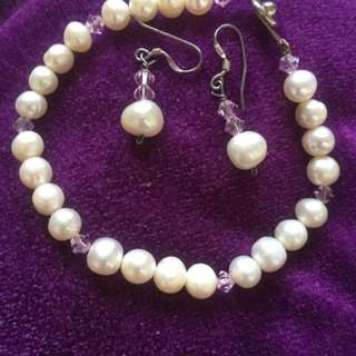 Authentic sea pearl jewelries