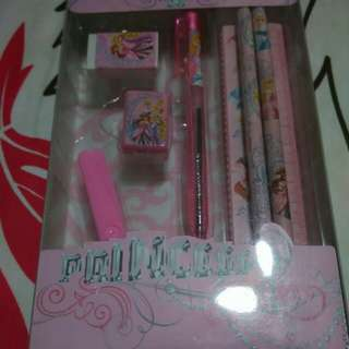 (Last 2 Sets) BNIB Disney Princess Stationery Set