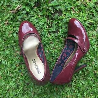 Vintage Maroon Heels