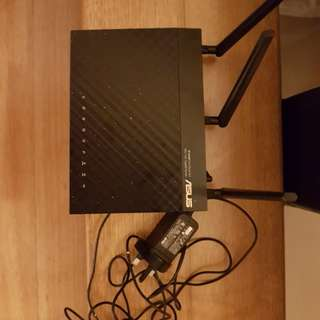 ASUS RT-AC66U Dual Band 3x3 802.11AC Gigabit Router