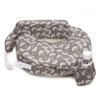 My Brest Friend Original Nursing Pillow - Grey Flowing Fans