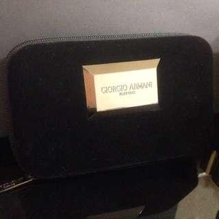 Giorgio Armani Beauty黑絲絨化妝包 手拿包