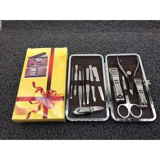 Grooming set (preorder)