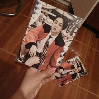 Exo Xiumin Official Love Me Right Postcard And Photocard Set