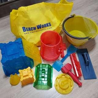 Beach Works Sandcastle Building Tools Deluxe Set