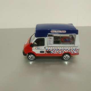 Tiny微影雪榚車(無盒)