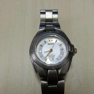 精工女裝鈦合金电子錶