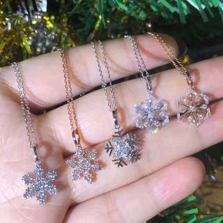 雪花輕輕飄過~三款雪花吊墜 18k gold with diamond snowflake pendant 18k金雪花鑽石吊墜
