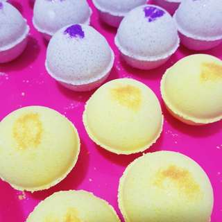 🍇 Passion Fruit Bath Bombs