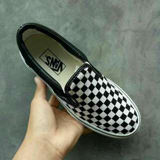 VANS SLIP ON CHECKERBOARD BLACK/BLACK/WHITE