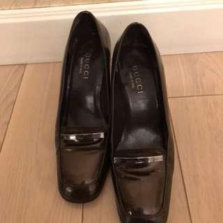 Gucci dark brown high heels size 36