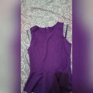 Top elegant ungu