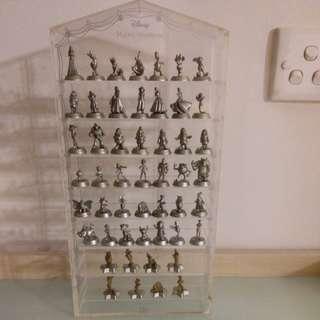 (減)50個迪士尼公仔連陳列柜