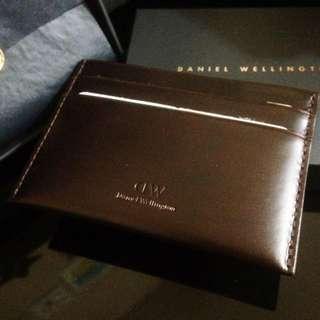 Daniel Wellington 咖啡色牛皮卡夾