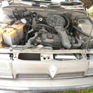 Engine, gearbox, distributor, altenator, starter, carburator, aircond compressor n condensor n cooling coil, radiator, manifold, engine head, air filter, drive shaft, lower arm,