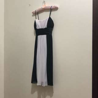 Black and White Gown for Rent