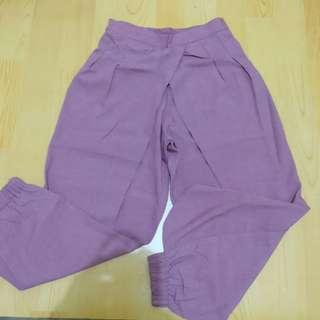 Purple-pink pants