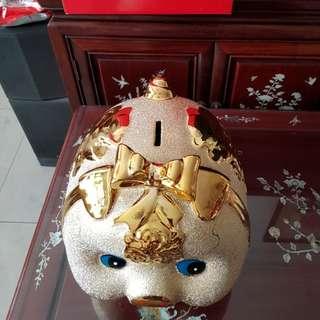 Instock 😊caremic Shiny gold piggy bank/kid toy/ present