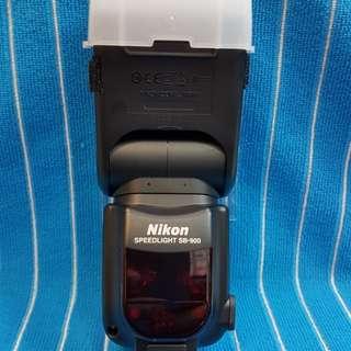 Nikon SB900 Flash