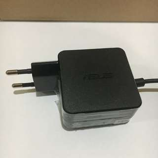 ASUS Netbook X200M Adapter/Charger