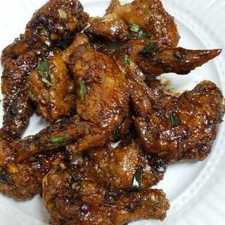 10pcs Super crunchy honey garlic wings