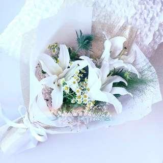 Valentines Day, True Love - Lilies Fresh Bouquet
