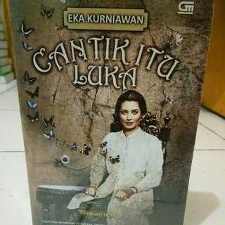 Novel  Cantik  Itu Luka By Eka Kurniawan