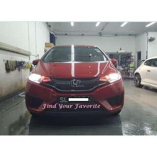 Honda Fit on 4300K color temp Halogen bulb for headlight - warm light yellowish towards pale white - cash&carry