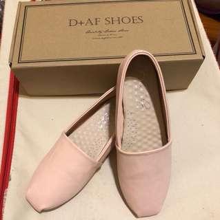 🚚 D+AF 粉紅包鞋