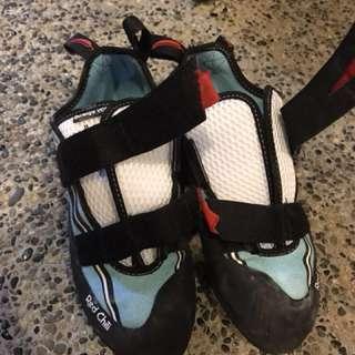 Red Chili Durango VCR Bouldering / Rock Climbing shoes