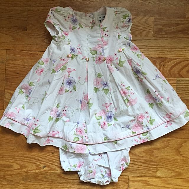 4 sets of baby girl summer dresses with matching bloomers Gap