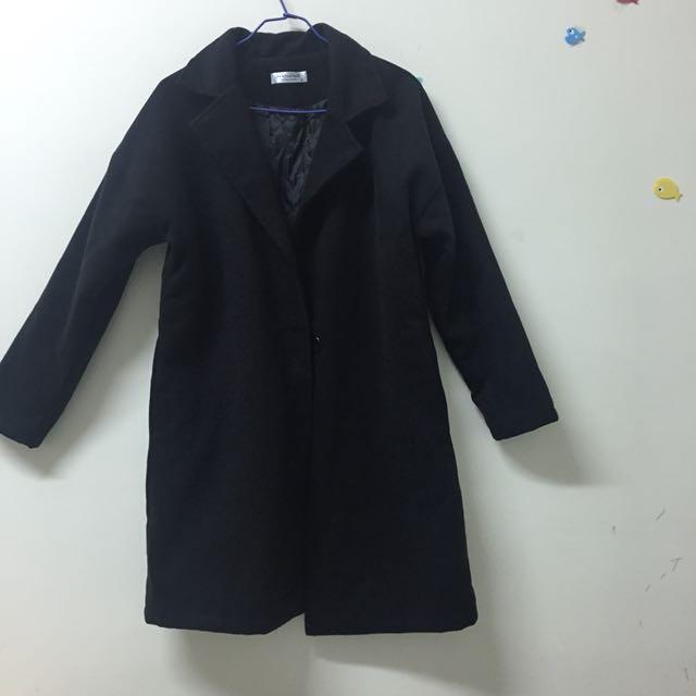 全新🤤保暖黑色大衣