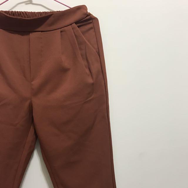 秋色西裝褲