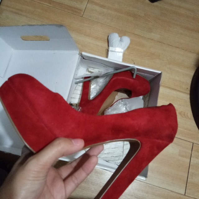 Aldo Lewi Red Platforms