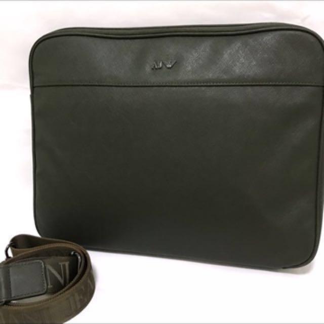 ARMANI JEANS Men Crossbody Laptop Bag a99819c53b62e