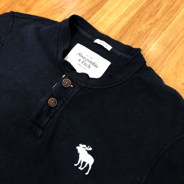 Authentic Abercrombie & Fitch Tee
