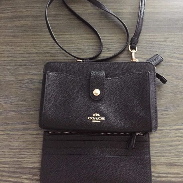 Authentic Coach Messenger in Pebble Leather