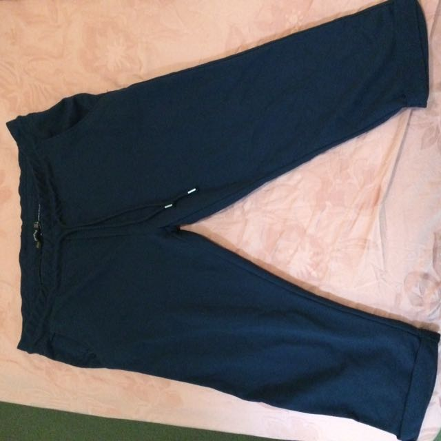 Bershka 3/4 length navy pants - 100% cotton size L