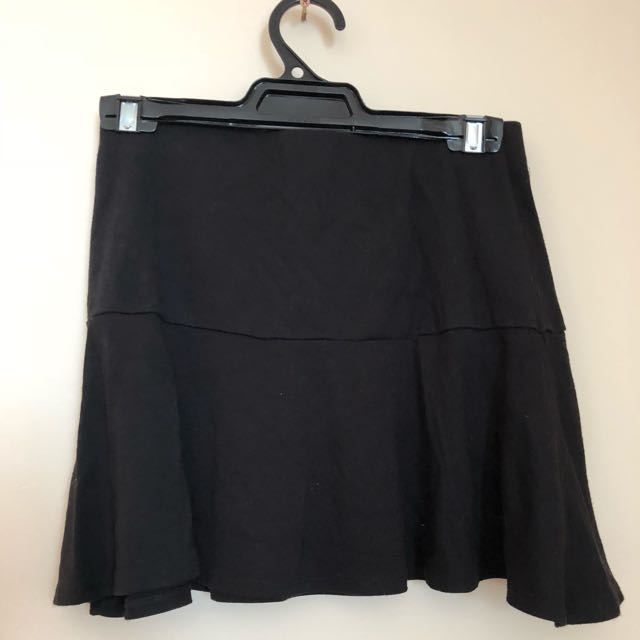Black elasticised mini work skirt
