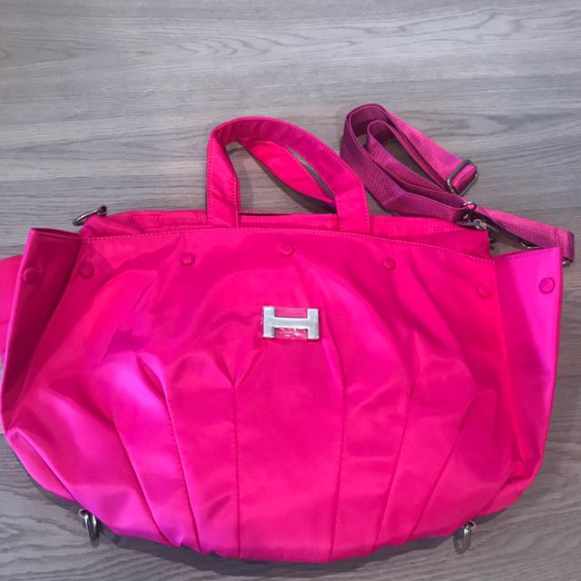 brand new travel bag/mommy bag