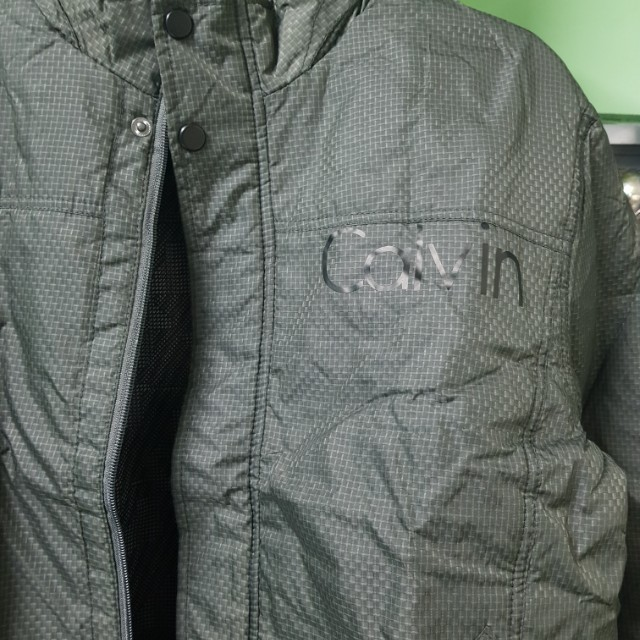 Calvin klein jacket with keepable hoody