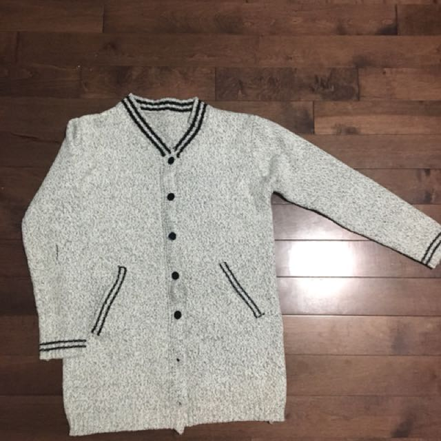 Cardigan Size S