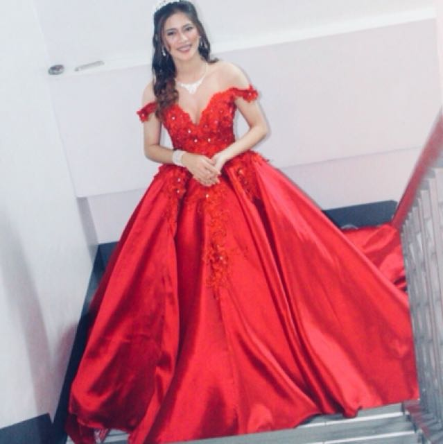 DEBUT GOWN FOR RENT