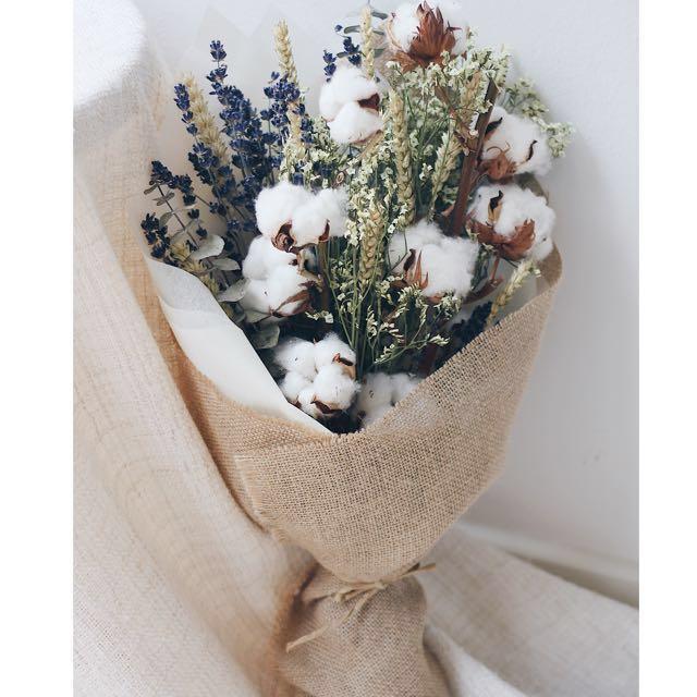 Dried Cotton Flower Bouquet, Design & Craft, Handmade Craft on Carousell