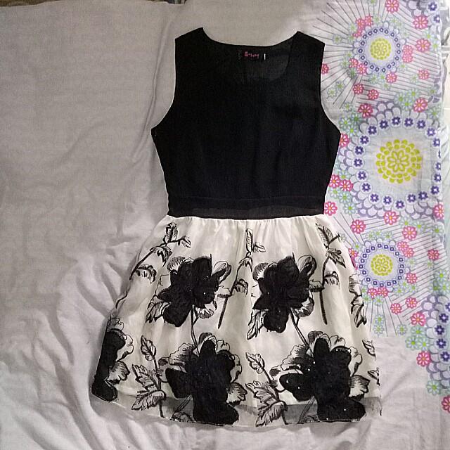 Floral dress/Casual/Office wear