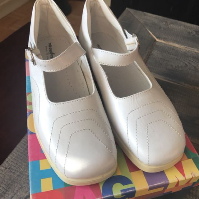 Girls youth Italian leather shoes: size 35