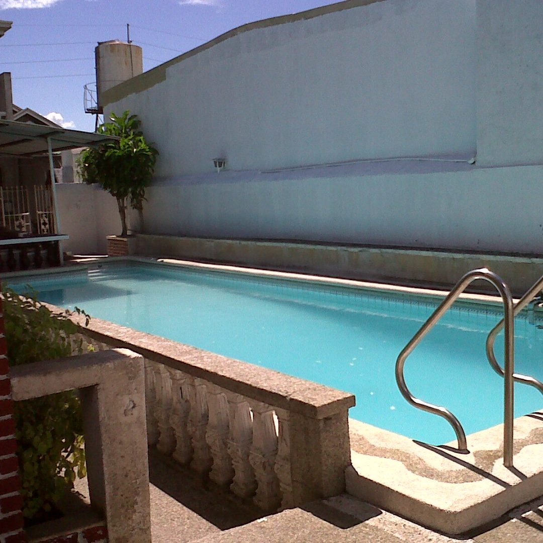 House and Lot For Sale in Las Piñas City with Swimming pool