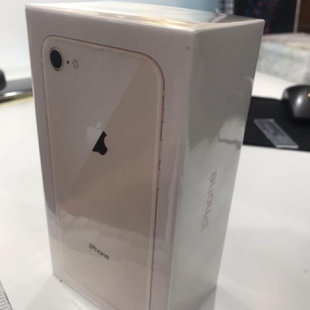 iphone 8 64gb Gold MY